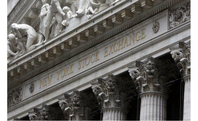 Wall Street cierra en alza tras buenos reportes de ganancias