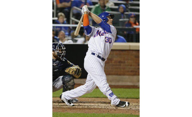 Matz y Conforto guían a Mets en triunfo sobre Cerveceros