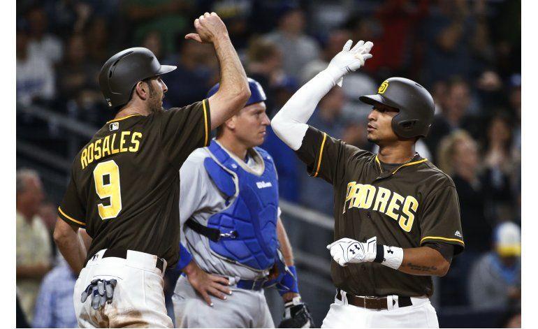 Upton jonronea en el 9no, Padres ganan 7-6 a Dodgers
