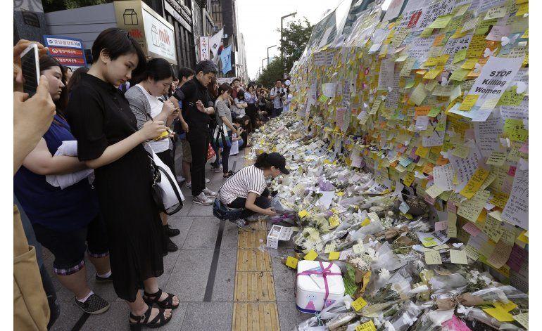 Protestas en Corea del Sur tras un apuñalamiento