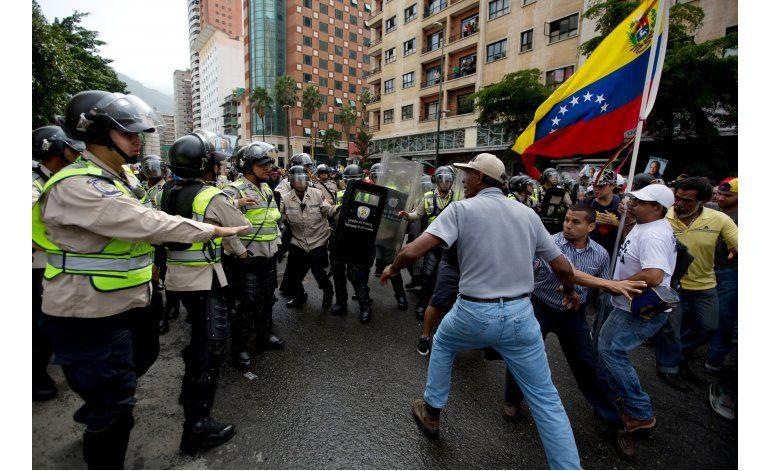 ONU pide a gobierno venezolano que dialogue con la oposición
