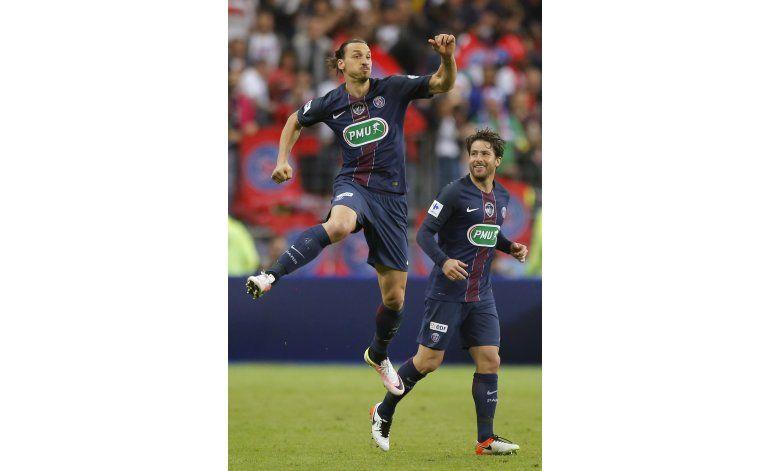Ibrahimovic se despide dando triplete de títulos al PSG