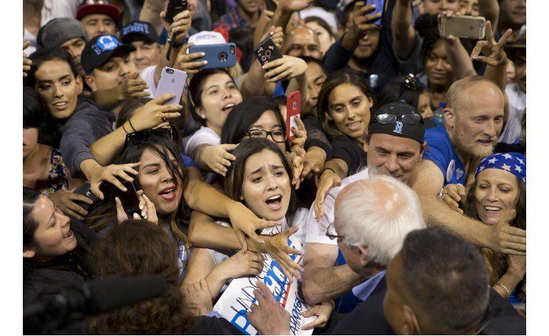 Clinton y Sanders se disputan el voto hispano en California