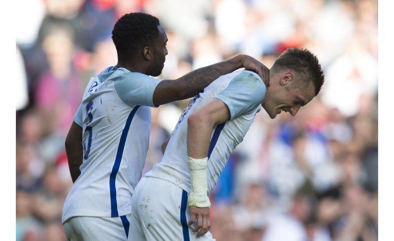Inglaterra supera 2-1 a Turquía en amistoso
