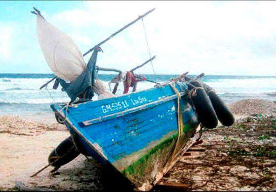 Policía detiene camión con embarcación para salir de Cuba