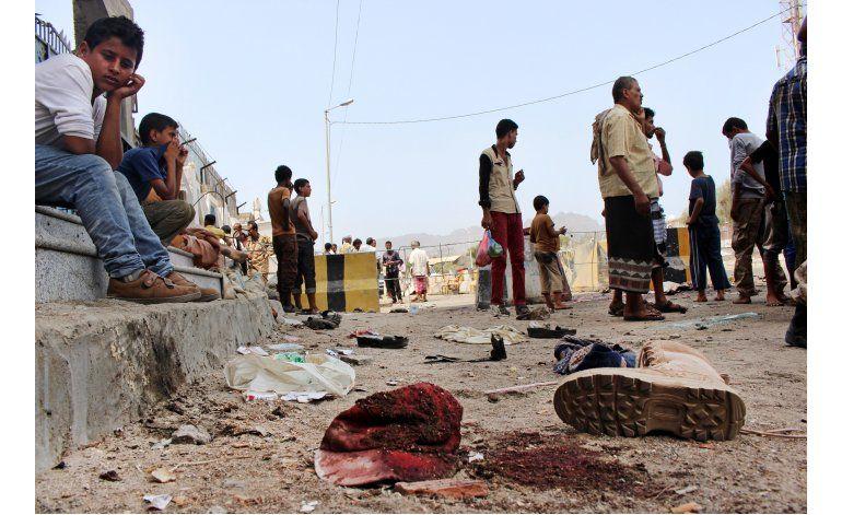 Yemen: Ataques suicidas matan al menos 45 reclutas militares