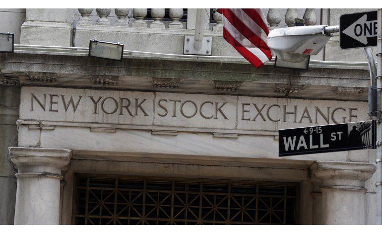 Wall Street cierra actividades con ligeras pérdidas