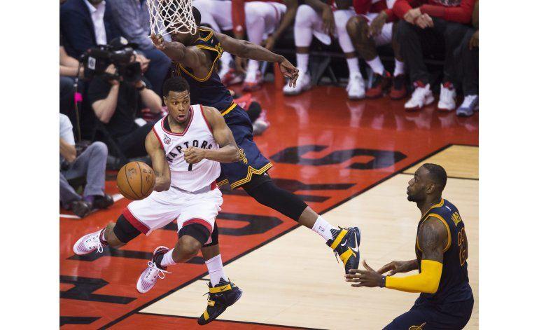 Raptors se crecen en casa y empatan serie con Cavaliers