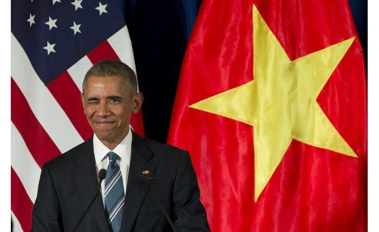 Obama pide derechos en Vietnam tras acuerdo en armas