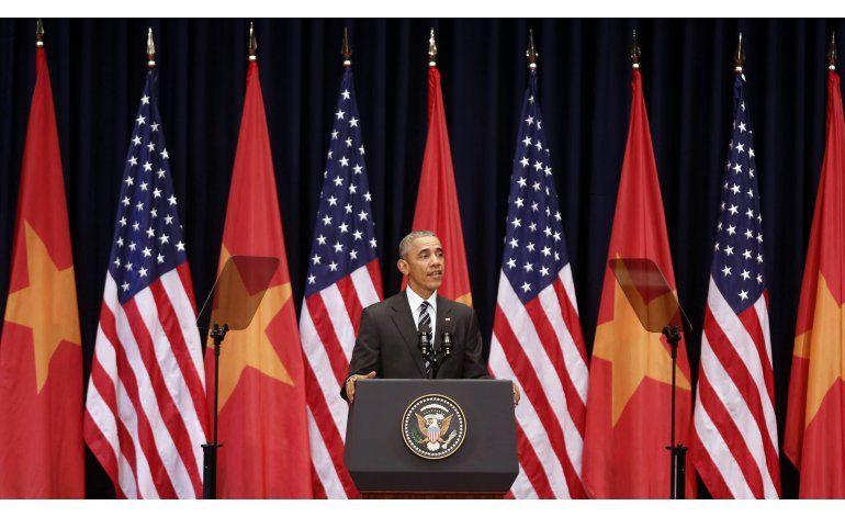 LO ULTIMO: McCain y Kerry celebran viaje de Obama a Vietnam