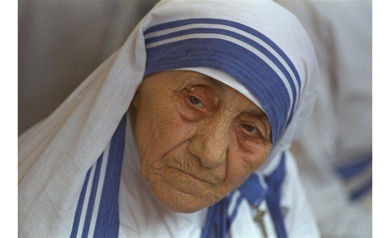 Escritos inéditos de madre Teresa se publicarán en agosto