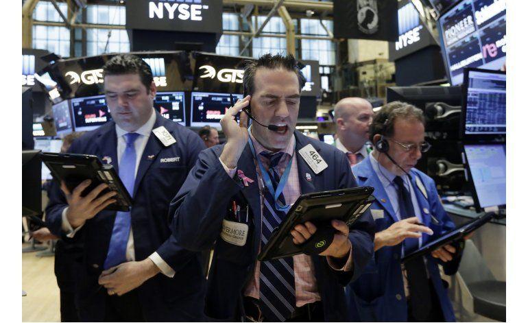 Wall Street logra mayor ganancia desde marzo