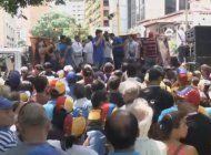 venezolanos en las calles contra decision de tribunal supremo que restringe el derecho a protestar