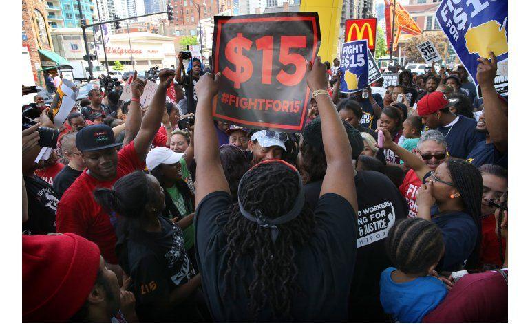 Protestan contra McDonalds por bajos salarios