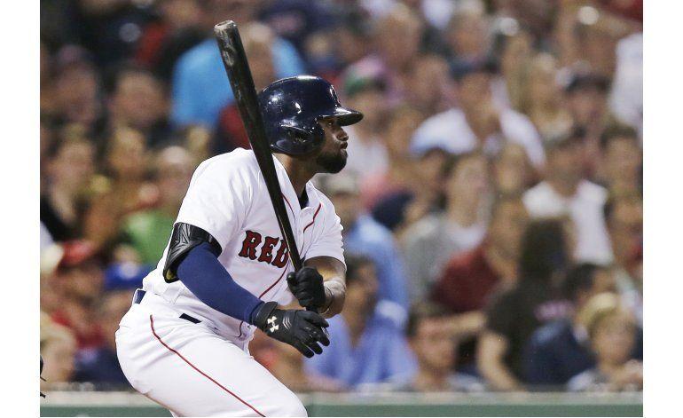 Bradley, Bogaerts extienden rachas, Boston vence a Rockies