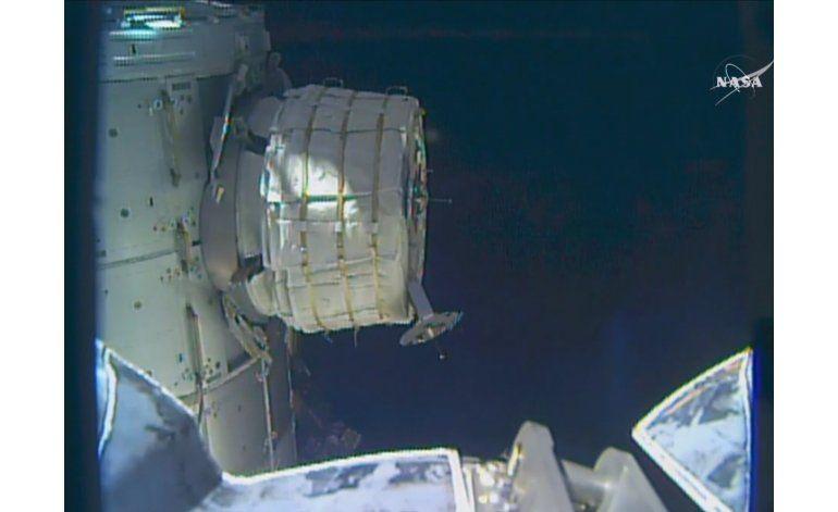 NASA trabaja para inflar un módulo en la estación espacial