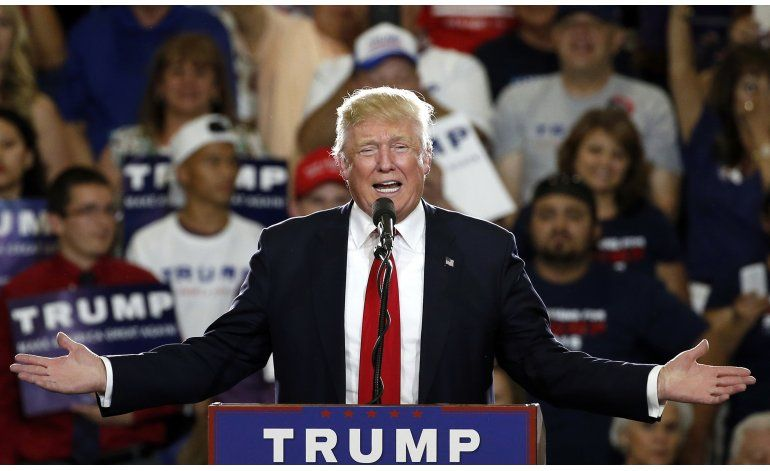 Trump alcanza número de delegados para ganar la nominación