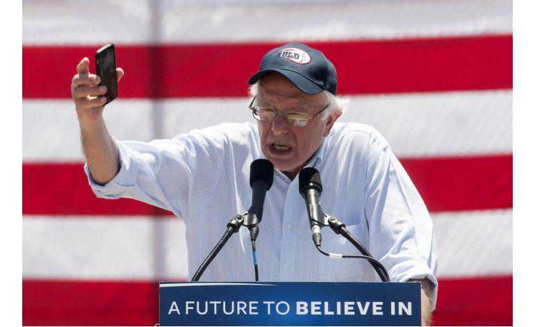 Trump acepta debatir con Sanders, pero con una condición