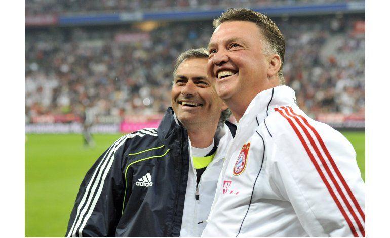 United firma a Mourinho como técnico por 3 temporadas