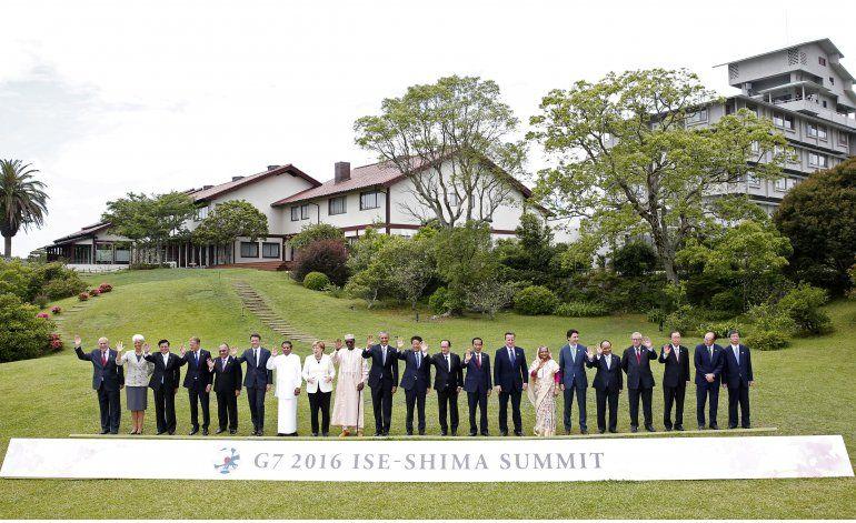 El G7 apoya medidas económicas, Abe proclama éxito de cumbre