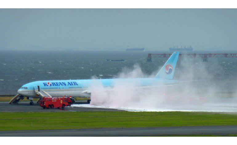 Avión de Korean Air sufre un incendio en Tokio
