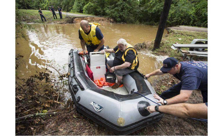 Texas aguarda más lluvia tras inundación que dejó 1 muerto
