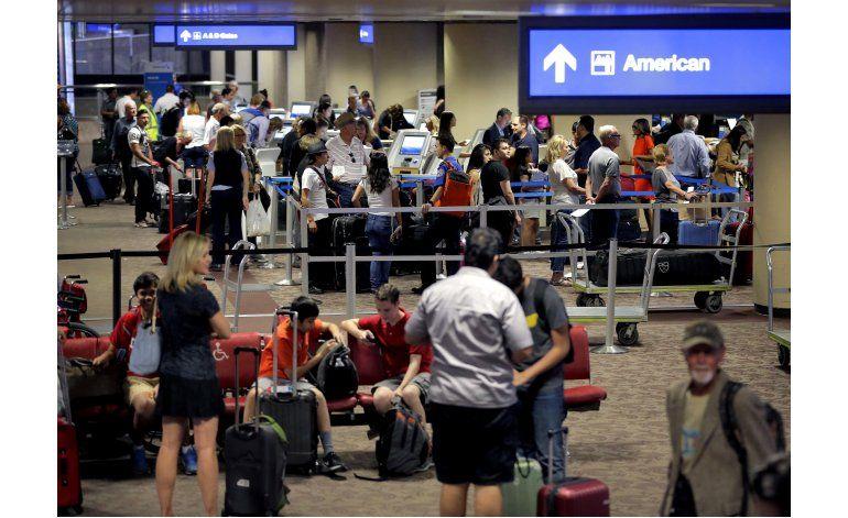 EEUU: Viajeros reportan seguridad ágil en aeropuertos