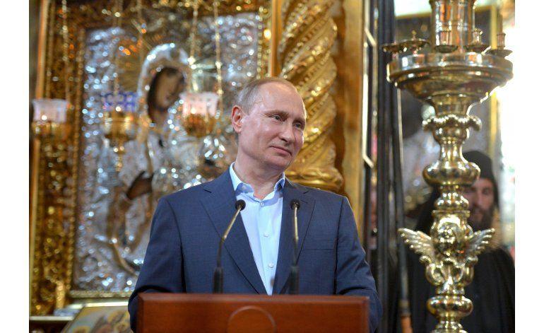 Putin visita monasterio ortodoxo ruso en su viaje a Grecia