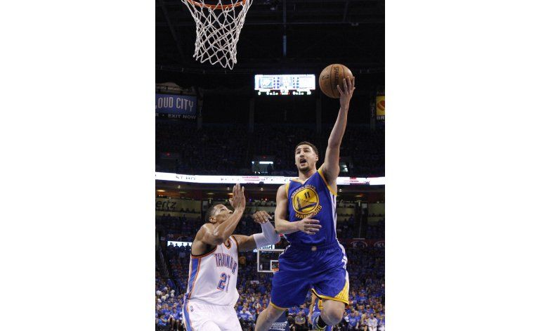 Thompson salva la temporada de Golden State ante Oklahoma