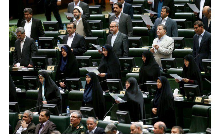 Reelegido presidente congreso iraní pese a avance reformista