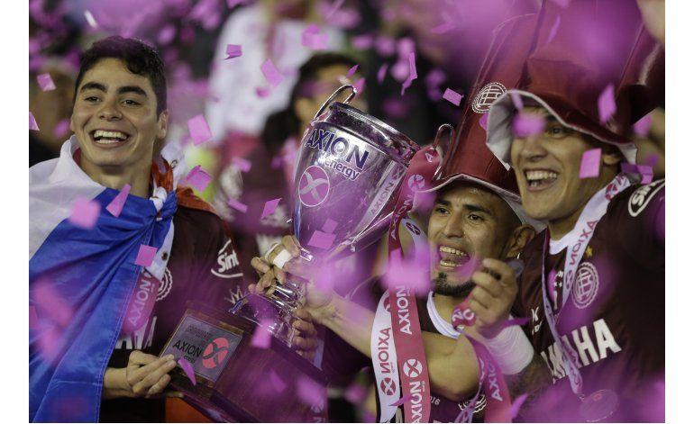Lanús aplasta a San Lorenzo y es campeón de liga
