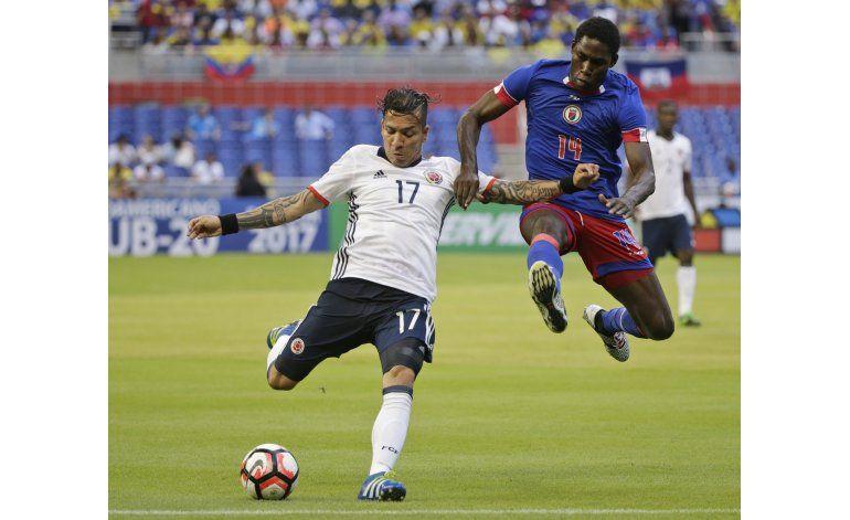 Colombia vence 3-1 a Haití antes de su debut contra EE.UU.