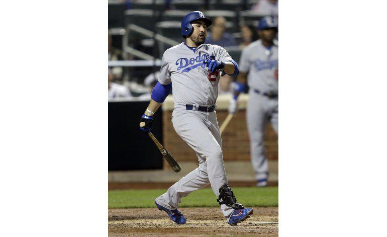 Adrián González impulsa a Dodgers en triunfo sobre Mets