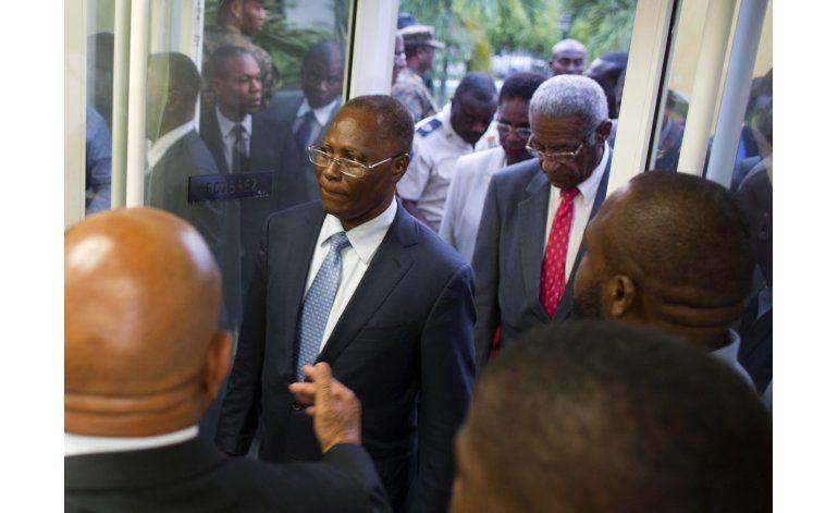 Consejo de Haití estudia posible repetición de comicios