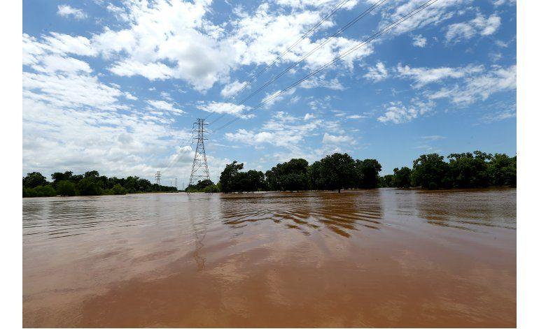 Se esperan más inundaciones en sureste de Texas