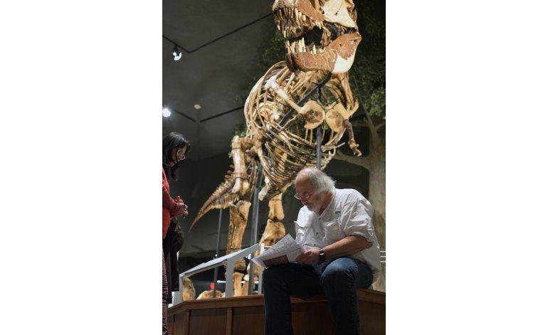 Célebre paleontólogo se retira de museo en Montana