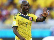 arrestan a futbolista colombiano por violencia domestica