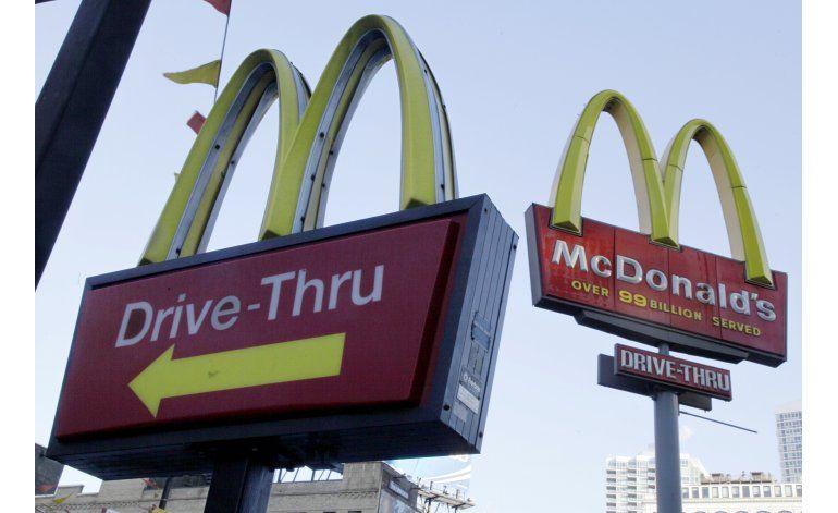 Ciego demanda a McDonalds por política de servicio al auto