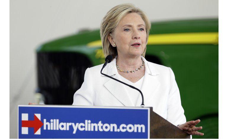 Correos: Equipo de Clinton revisó textos ajenos en actos