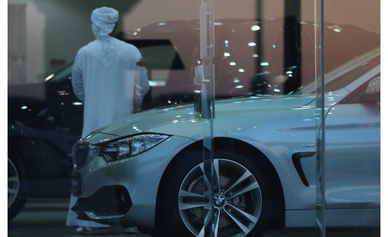 Anuncio de BMW con himno local causa indignación en Emiratos