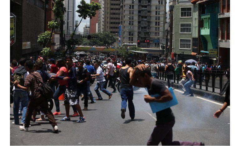 Protestan en Caracas por escasez de alimentos