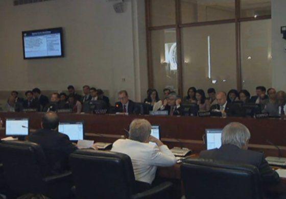 Gobierno peruano pidió invocar la Carta Democrática de la OEA por la crisis en Venezuela