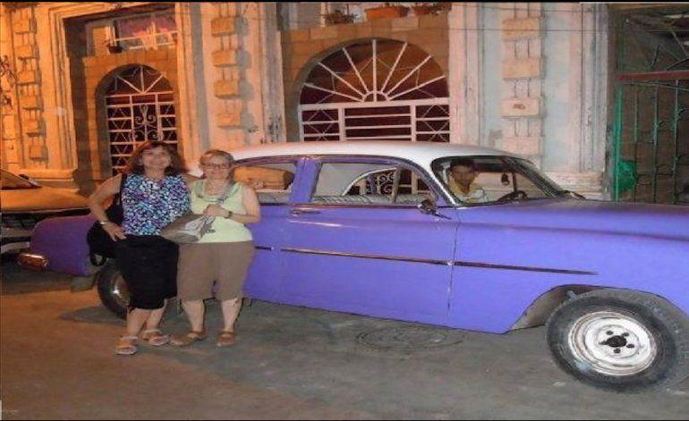 Regresaron a Cuba después de 56 años y viajaron en auto de su abuelo ¡sin saberlo!