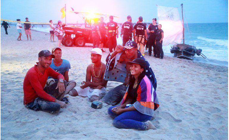 Llega balsa con 6 migrantes cubanos a Florida
