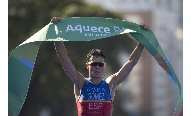 El triatleta Javier Gómez gana el Asturias de los Deportes