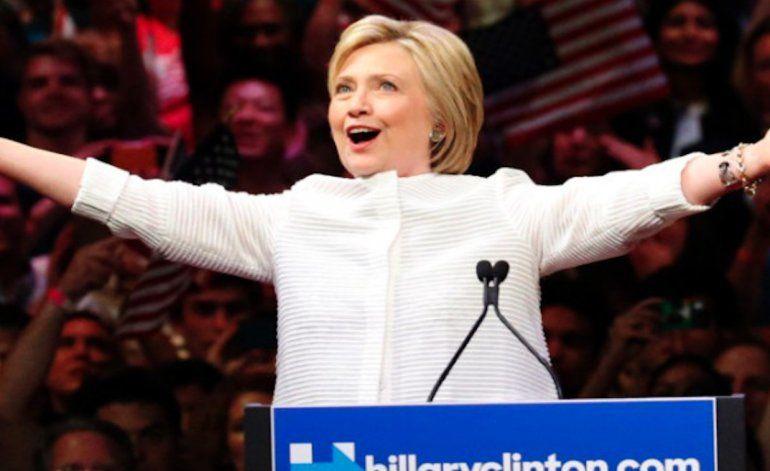 Hillary Clinton: Hemos alcanzado un hito