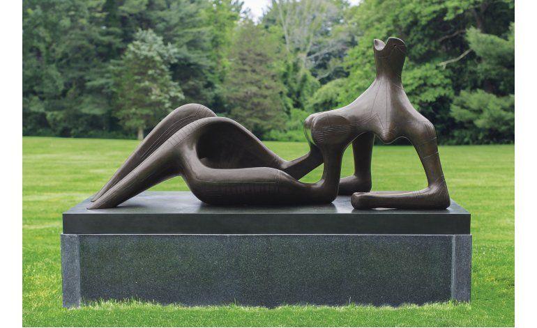 Escultura de Henry Moore podría marcar récord en subasta