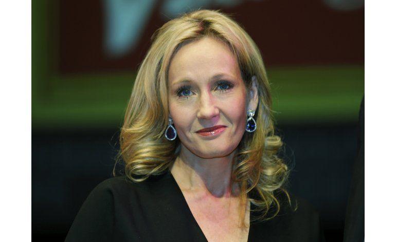 Rowling pide fans guarden secretos de obra teatral de Potter