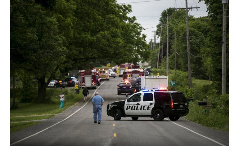 Conductor de camioneta mata a 5 ciclistas en Michigan