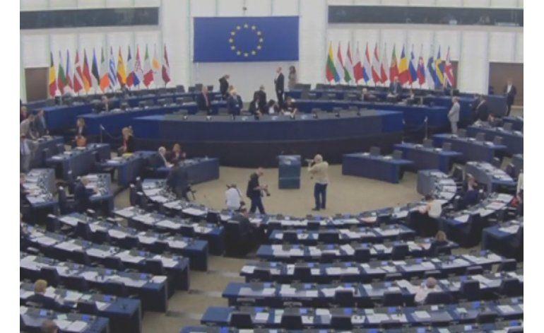 Parlamento Europeo aprueba resolución que respalda activación de referendo revocatorio contra Maduro